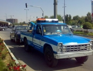 یدک کشی خودرو و قطعات جرثقیل